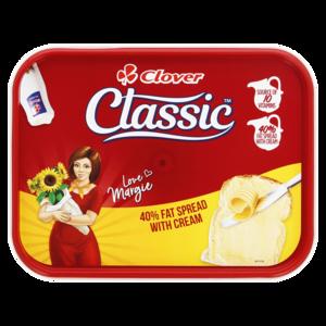 Clover Classic 50% Fat Spread With Cream Tub 500g