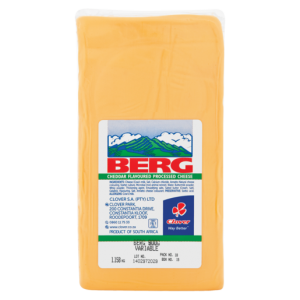 Clover Berg Cheddar Flavoured Processed Cheese Per kg